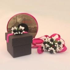 Siyah hediyelik karton kutu